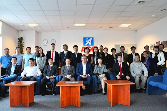Ảnh lưu niệm cuộc gặp mặt hội doanh nghiệp Việt Nam tại Ba Lan với đoàn doanh nghiệp Việt Nam tại TTTM ASG Ba Lan.