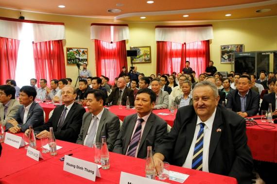 Hội thảo Việt Séc: Những sự thật và lời đồn về Quản lý doanh thu điện tử (EET)