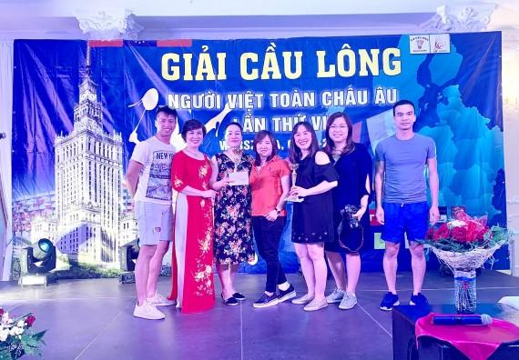 Sôi động Giải cầu lông người Việt toàn châu Âu lần thứ 7
